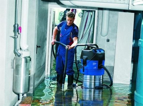 Nilfisk Alto Attix 19 Flood Vacuum